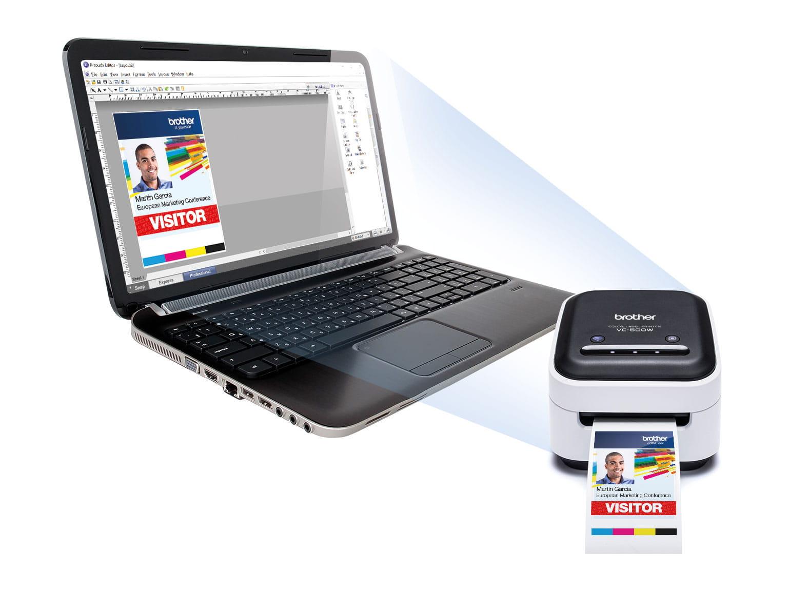 tlačiareň Brother VC-500W  a P-touch editor softvér na obrazovke laptopu