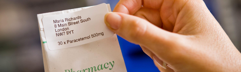 štítok na sáčku s liekmi